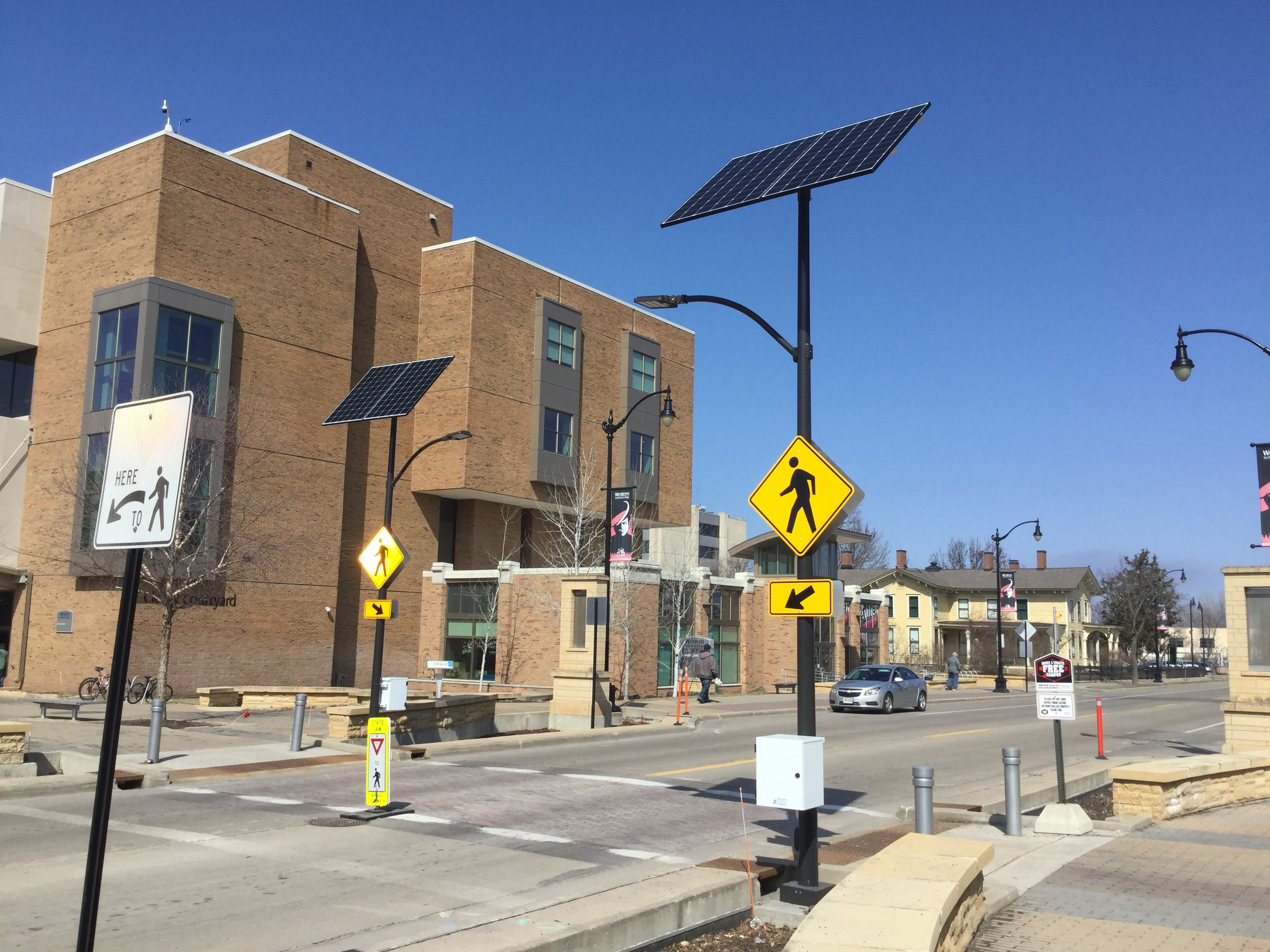 60 Watt Solar Street Lights